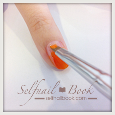 カラージェルの塗り方|色ムラをなくす筆の使い方を図解で紹介2