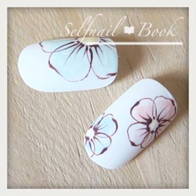 ネイルアートの花の書き方6