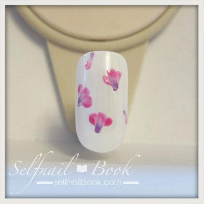 春の花 レンゲの小花ネイルアートのやり方3