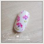 春の花 レンゲの小花ネイルアートのやり方