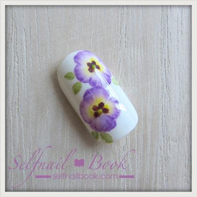 お花のネイルアート「パンジーのやり方」8