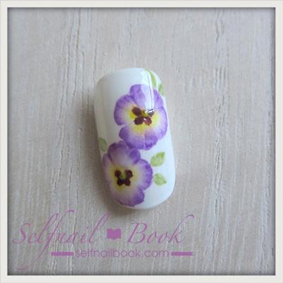 お花のネイルアート「パンジーのやり方」10