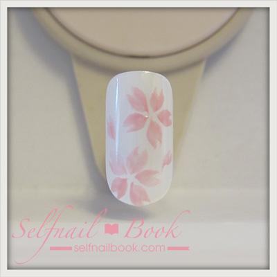 ジェルネイルで描く「桜のアート」のやり方5