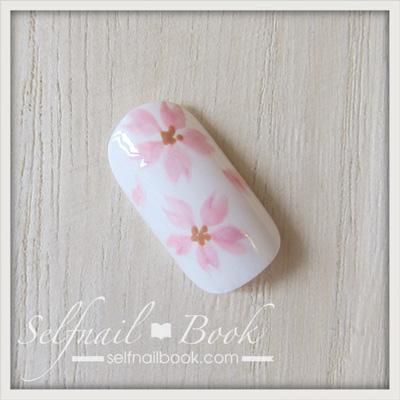 ジェルネイルで描く「桜のアート」のやり方8