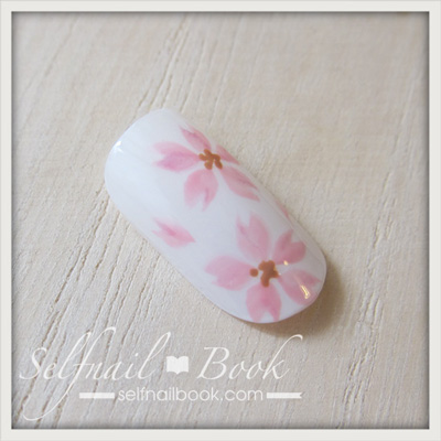 ジェルネイルで描く「桜のアート」のやり方10