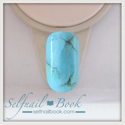 ジェルで描く「ターコイズ柄」天然石ネイルのやり方5