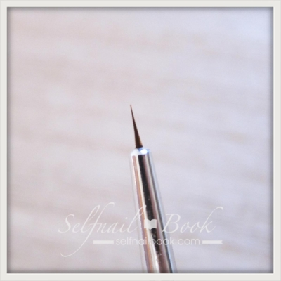 キャンドゥのしずくネイル筆4
